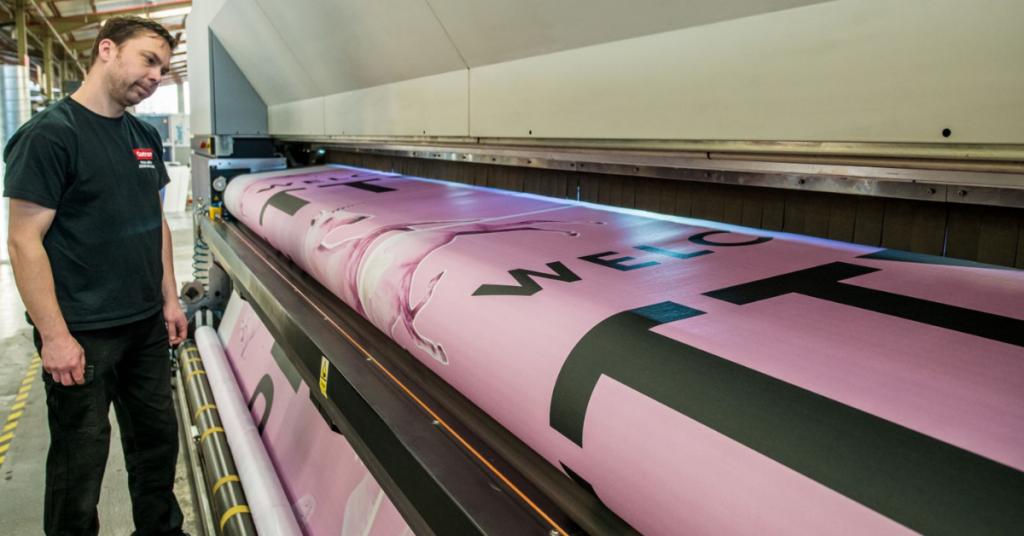 Large format print press