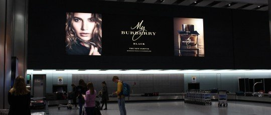 Outdoor Advertising By Cestrian For Burberry