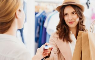 Persuade Retail Customers To Buy By Focusing On These 5 Areas